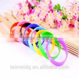 China manufacturer lighting silicone bracelet
