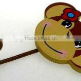 monkey shaped wooden hanging hooks for home decoratioin