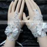New arrival free shipping accessories hot sale short fingerless lace bridal wedding gloves CWFag5850