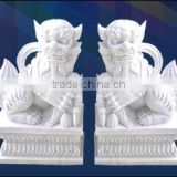 Chinese traditional lion statue white marble hand carved for home garden hotel restaurant from Vietnam