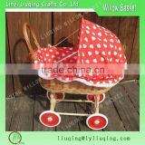 Hot selling Portable suitable and cheap willow baby basket with red lining