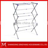 Extensible ceiling mounted clothes drying rack