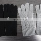 Various luxurious knitted 100% Winter cashmere gloves