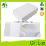 2016 magnetic closure white kraft paper gift box                                                                         Quality Choice