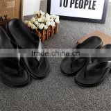 wholesale Simple beach slippers Black and white hotel slipper sweethearts flip flops