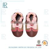 Pretty Bowknot Lovely cartoon style knitted baby shoes patterns