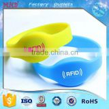 MDW13 Silicone RFID Personalized Wrist Bands with NFC NTAG216 Chip                                                                         Quality Choice