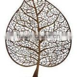 metal fancy leaf sculpture