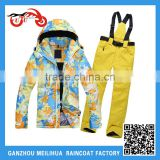 Factory OEM Waterproof Fleece Lined Women's Winter Ski Suit/Ski Jacket with Bib Ski Pants