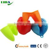 Lovely Heat Resistant Insulated Silicone Baking Kitchen Glove Bowl Clip Oven Pot Holder KIT601