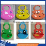 Latest design 2016 soft cute silicone bib,Factory wholesale lovely silicone baby bib,cartoon animal patterns waterproof baby bib