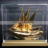 NEW Style High Quality Beautiful 24k Real Gold plated Dhow Model With Golden Base For wedding favors