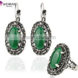 Gifts Hot Sale Emerald Water Drop Jewelry Set, Mosaic Carved Egg Shape Resin Green Stone Vintage Statement Ring Earrings Set