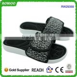 China Comfortable Beach Thick Sole Slipper For Men