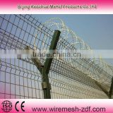 Y style pvc coated welded airport fence net in factory