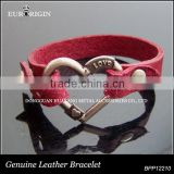 Wholesales price Anniversary, Party hollow red heart rivet decorative metallic cone snap closure leather bracelet