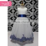Fairy style white long dress with blue decorative pattern and blue waistband                                                                         Quality Choice