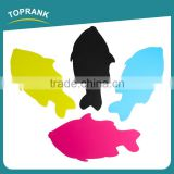 Toprank Hot Sale Kitchenware 1.8mm Thickness Colorful Durable Non-slip Fish Shape Cutting Board Mat Set PP Chopping Board