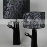 2015 new design black bird shape abstract resin table lamp for bedroom decoration