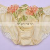 Factory Price Comfortable Warm Tone Ladies Sexy Lace Panty, Mature Women in Panties Lace