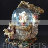 Polyresin religious nativity statue snow ball Christmas decoration