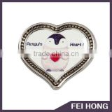 Custom design heart shape metal pin badges with various printing color