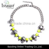 Fashion jewelry wholesale green resin beaded with alloy skull chunky necklace jewelry in punk style