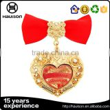 top selling custom 3D embossed shiny diamond shape photo etched brass iron zinc alloy gold plated pin style medal