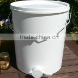 INquiry about food grade plastic honey bucket with plastic honey gate valve