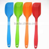 Wholesale non-stick FDA food grade heat resistant kitchen cookware seamless Medium size 21cm silicone waxing spatula