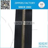 Eco-friendly long metal zipper packing in roll per 100yards