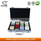 Hand Board Display Floor Tile Aluminum And Thick Handles Display Suitcase Rolling Sample Case