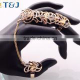 >>>2016 YIWU T&J New European style Vintage Punk Rings For Women Men Gold Plated rhinestone double finger chain Ring Sets/