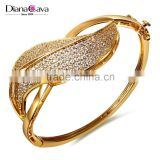 Carat Zirconia Crystal New Unique Design 100% Handmade Pave Setting Gold Bangle