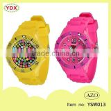 2015 New design water resistant durable portable silicone sport watch