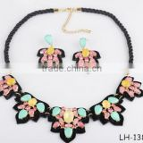Fashion Leaf Shaped Necklace Earring Set Multicolor Jewelry Set Fashion Women Jewelry Set