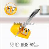 Kitchen knife sharpener suitable for ceramic and steel knife
