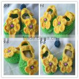 handmade baby crochet shoes winter boot 2013with flower pattern minions acrylic beanie