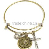 religious theme cross and message disk charm adjustable wire bangle bracelet - matthew 19:26