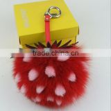 Factory direct creative pendant fox fur ball pendant pendant key chain large pineapple hair ball car bag
