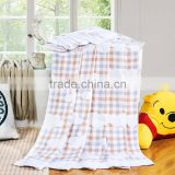 Alibaba china 100% cotton white cloud printed moving soft summer home use plaid made in China towel blanket