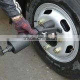 4800N.M Tire repair wrench for truck with2 sockets 32mm and 33mm 1:58 spanner nut wrench