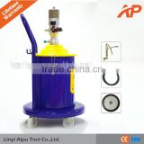 High grade pneumatic grease pump ,air grease pump. Used for manufacturing and maintaining vehicle tools