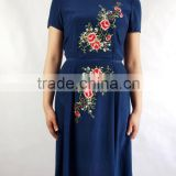 embroidered dresses in silk fabric with short sleeves