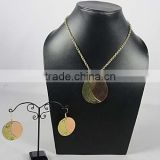 Jewelry Brass Necklace , Fashion Cufflink, Metal Bangles, Bracelts, Hi End Fashion New Design -
