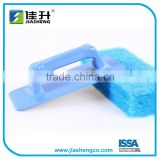 Plastic scouring pad brush with handle