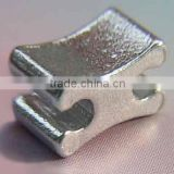 Aluminum H-shaped top stopper for zipper garment accessories