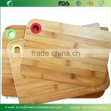 TFGJ011/3 layer structure bamboo cutting board with multicolor round silicone hanger