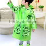 2016 new design best selling kids wear green Background disposable rain poncho with Poka Dot