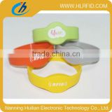 Bulk Cheap Passive HF RFID silicone Wristband, custom rubber RFID NFC Bracelet/Watches Tag For Access Control